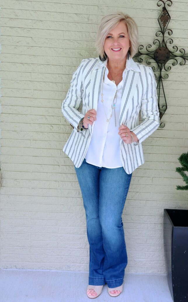 50 IS NOT OLD | JEANS AND A JACKET FOR A CASUAL LOOK | FASHION OVER 40