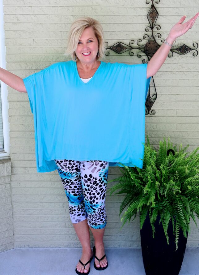 50 IS NOT OLD | OVERSIZED TOP AND LEGGINGS | FASHION OVER 40