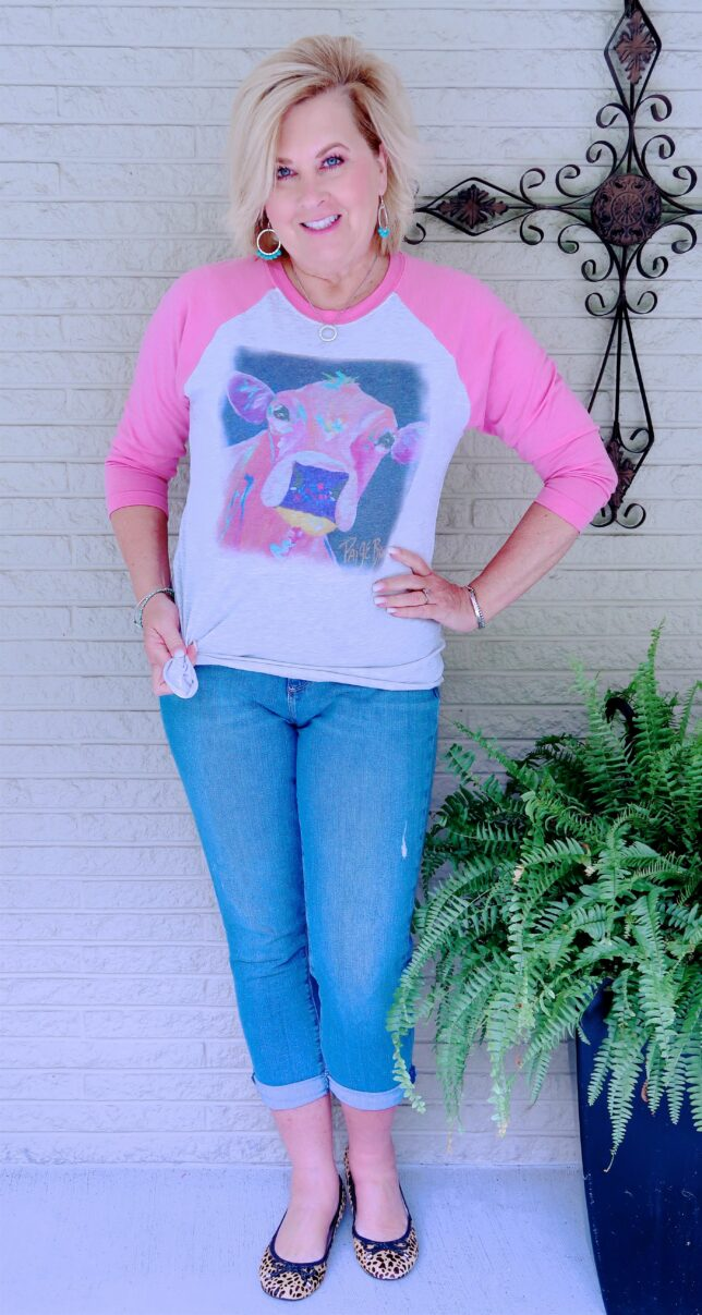 50 IS NOT OLD | HOW TO DRESS UP A TEE-SHIRT | FASHION OVER 40