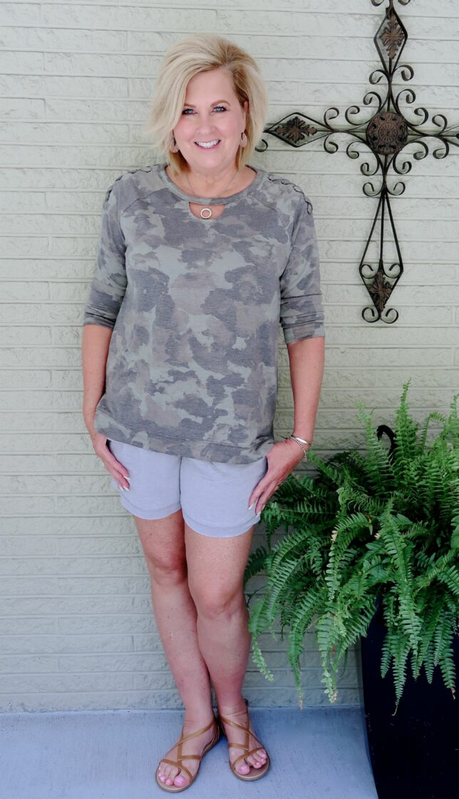 50 IS NOT OLD | WEARING A SWEATSHIRT WITH SHORTS | FASHION OVER 40