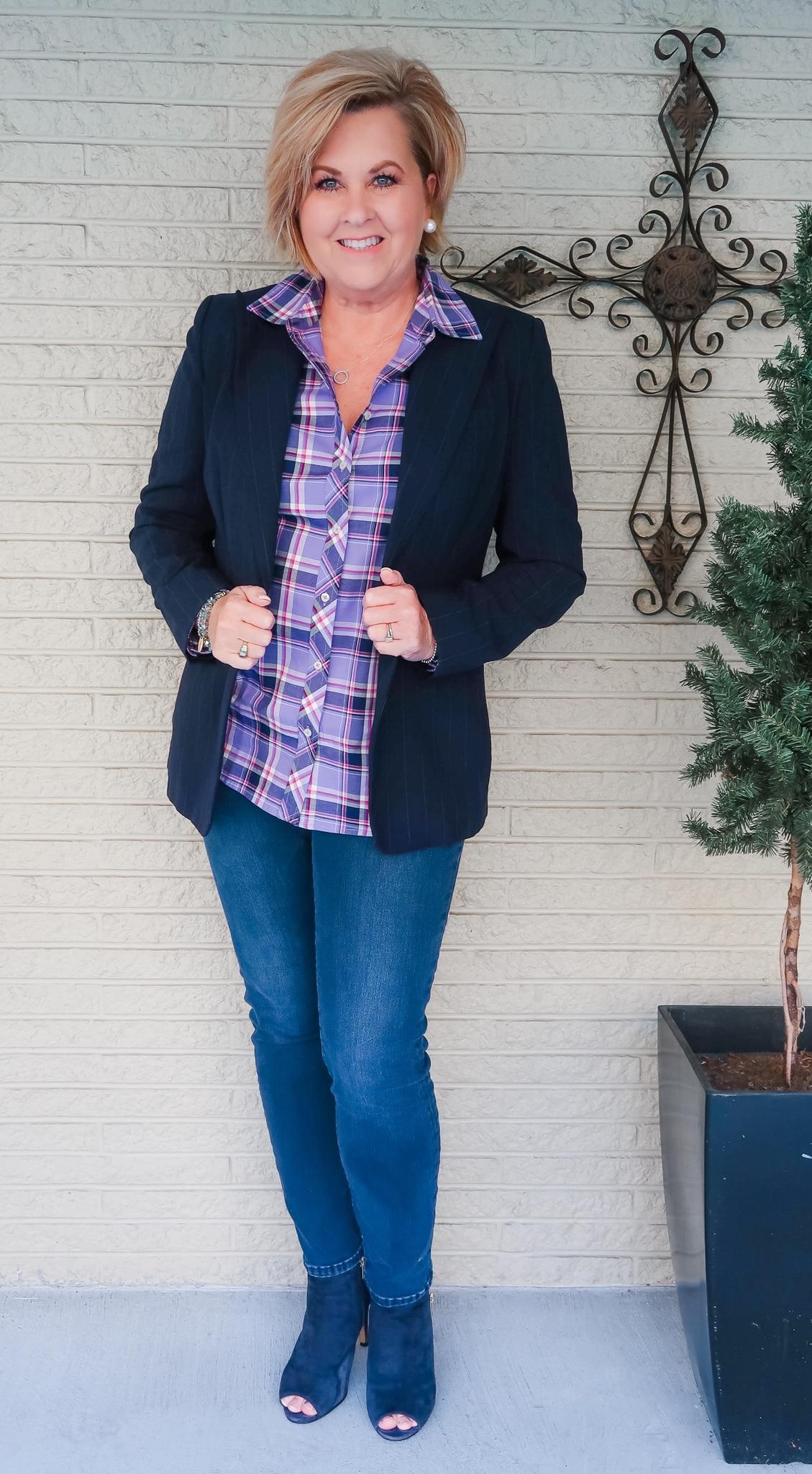navy pinstripe blazer and skinny jeans