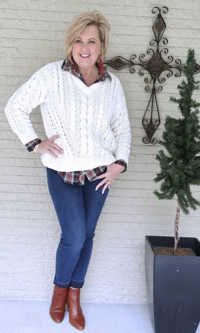 CASUAL SWEATER WITH PLAID TOP