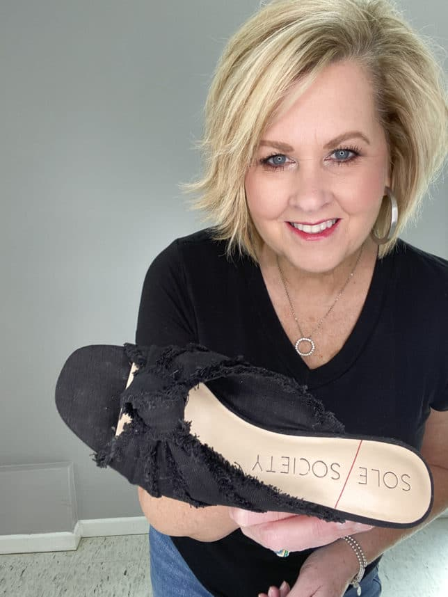 FASHION BLOGGER 50 IS NOT OLD SHOWING BLACK FRAYED SHOES FROM SOLE SOCIETY
